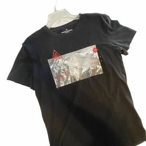 American Eagle Men's Small Black Graphic Pullover Tee ~ Mountains Snow Climbing
